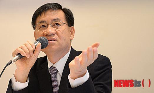 【韓国AIIB危機】韓国人「分担金4000億円を支払った韓国が、AIIB副総裁のポストを他国に奪われる可能性」