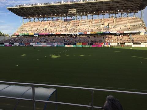 スタジアム試合前