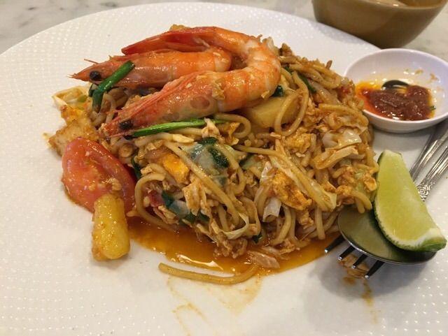 海南鶏飯のシンガポールスタイルミーゴレン