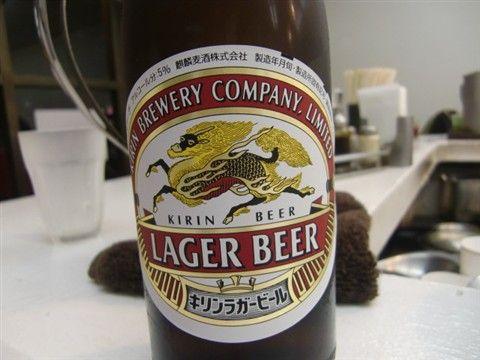 油の大将と瓶ビール