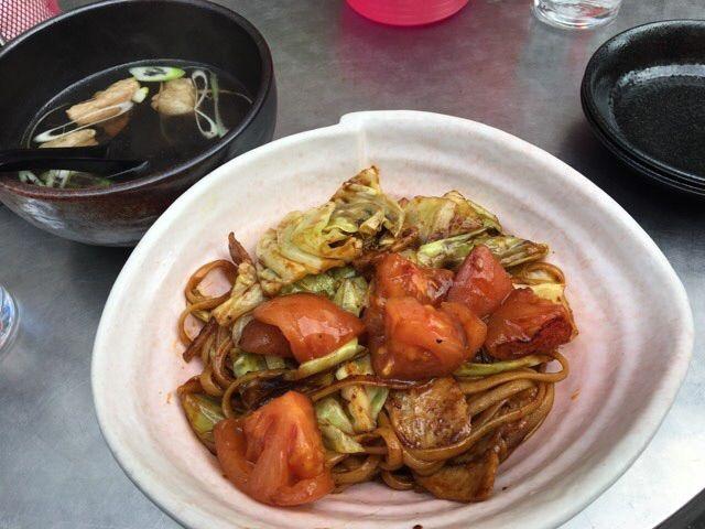 寿座のトマト焼きそば スープ付き