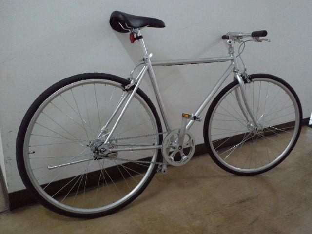 はい。お待たせ致しました無印良品中古自転車です。