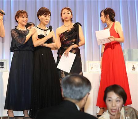 """【画像】 松居一代""""イベントで体調不良""""よりみんなが気になったのは、神田うの の「対応と顔面」wwww"""