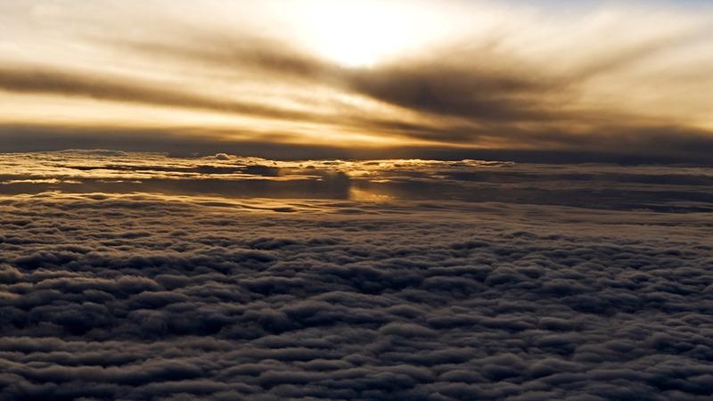 流れる雲サラ_完パケ.00_03_06_23.静止画020