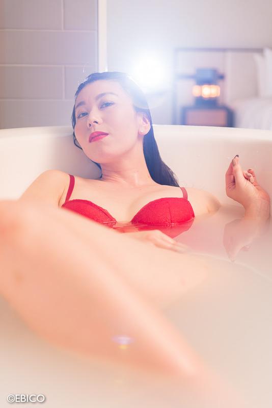 美しい夜の始め方【モデル:sawaさん】