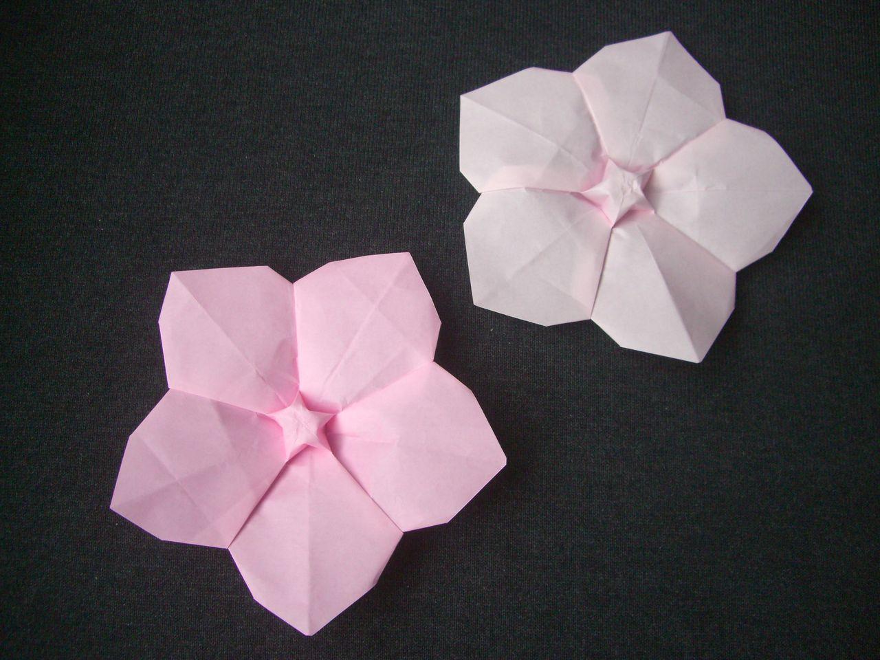 の 花 桃 折り紙