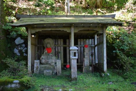 弁慶水-地蔵像