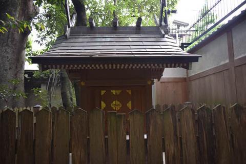 中神苑-地主神社-2