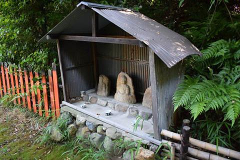 天塚古墳-三尊仏