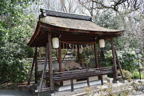 花山邸跡-釣殿