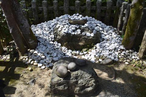 安産祈願石