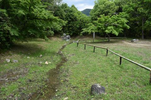 名古曽の滝跡-遣水