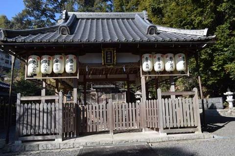 六所神社-拝殿