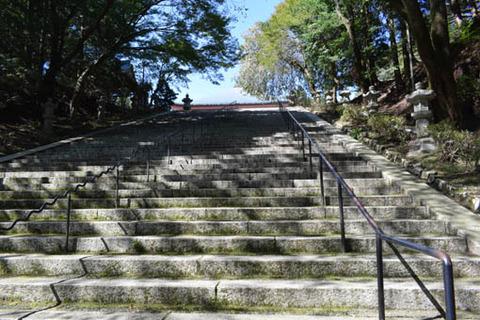 阿弥陀堂への石段