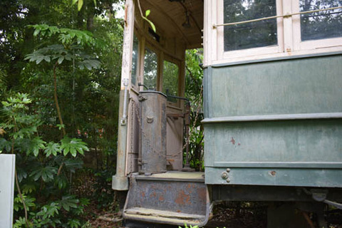 電車-運転台