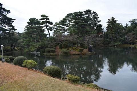 霞ヶ池-蓬莱島