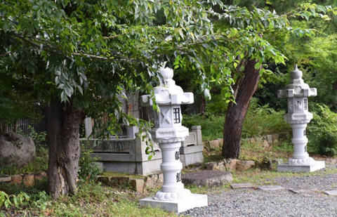 瑞芳寺-日達上人の墓