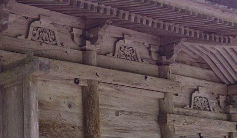 地主神社-本殿の彫刻