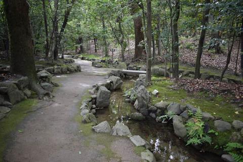 中神苑への通路