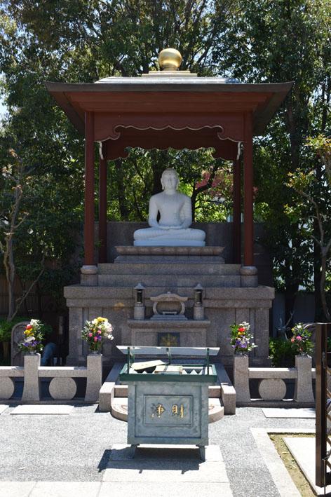 釈迦如来白仏像