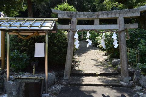 酒殿神社-鎌神社鳥居