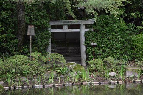 中神苑-地主神社-1