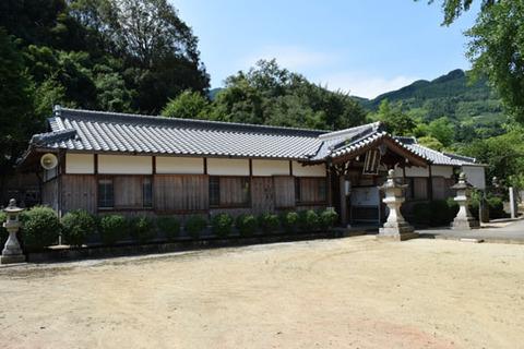 酒殿神社-拝殿-1