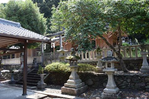 酒殿神社-本殿