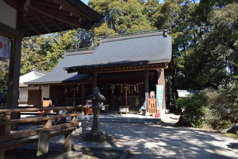 本殿と貴船神社