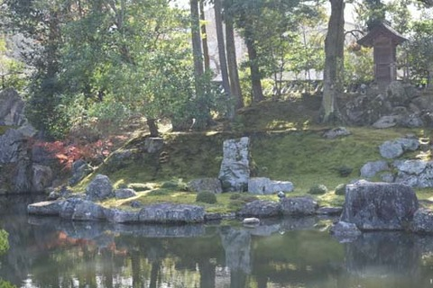 庭園-藤戸石