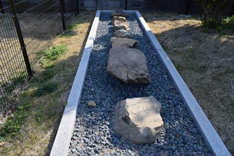 大極殿跡-礎石