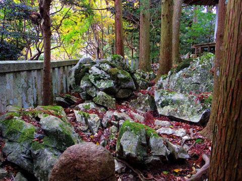魔王殿-岩