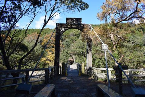 吊り橋-1