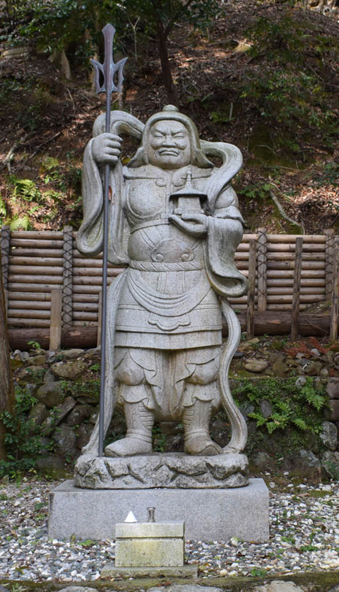 御髪神社-毘沙門天