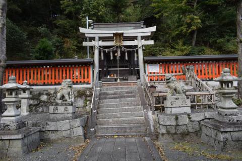 本殿への石段