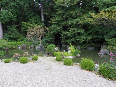蓮華寿院の庭-2