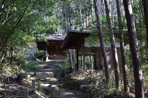 登り坂-常楽寺