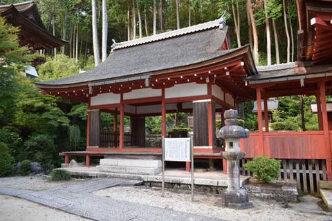 護法権現社拝殿