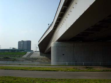 平和大橋の特徴