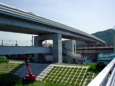 富丘通高架橋1