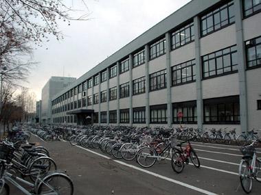 高等教育機能開発総合センター1