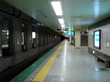 二十四軒駅ホーム1