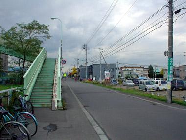 JR白石駅北口2
