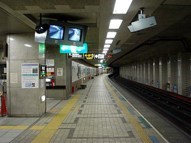 地下鉄平岸駅1