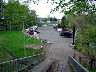 西岡公園駐車場