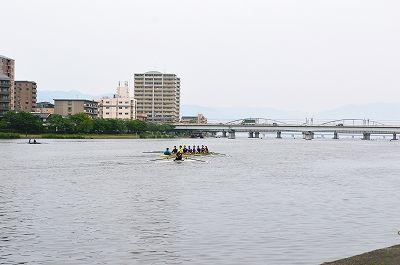 ⑦瀬田川 背景は国道1号線