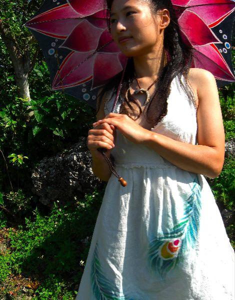 羽ワンピ&日傘