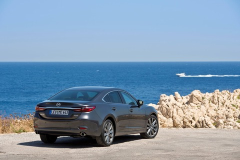 15_mallorca_2018_new_mazda6_still_sedan_prev