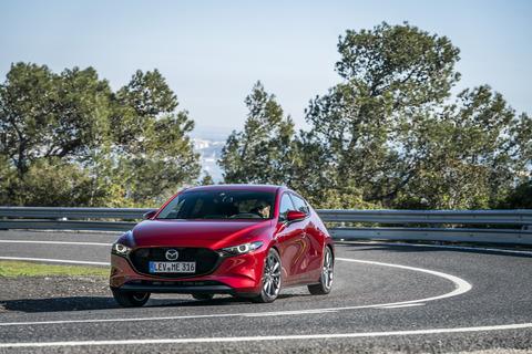Mazda3_HB_SoulRedCrystal_Action-21_hires