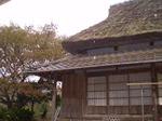 井内の牡丹園藁葺きの家